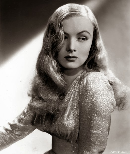 Just Skirts and Dresses: 40s beauty: Veronica Lake - 40S Womens Hairstyles