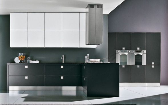 Decora y disena 16 cocinas en blanco y negro de inspiraci n for Cocinas en blanco y negro