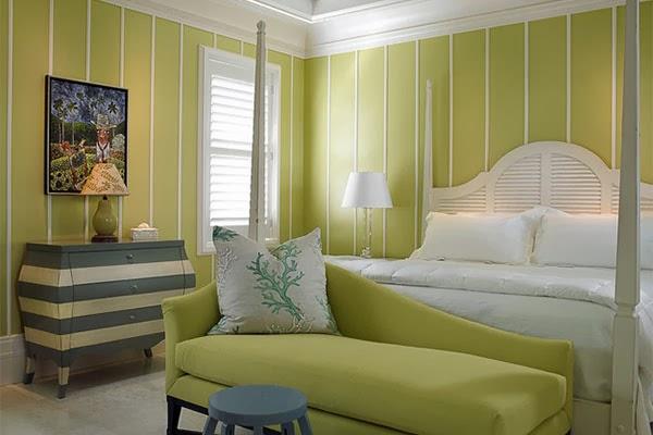 desain kamar tidur cerah dan hangat dengan nuansa warna