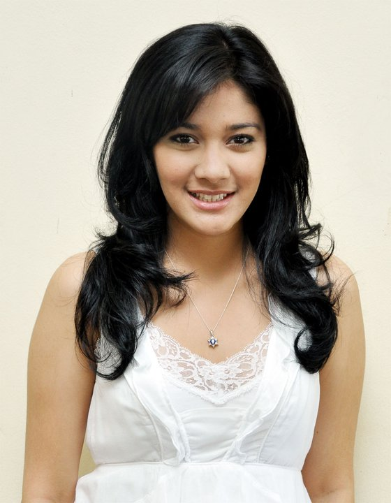 Profil Lengkap Naysila Mirdad (Naysila Nafulany Mirdad) Aktris Indonesia