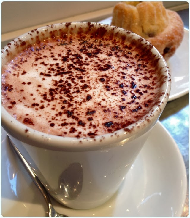 Gail's Artisan Bakery, London - Hot Chocolate