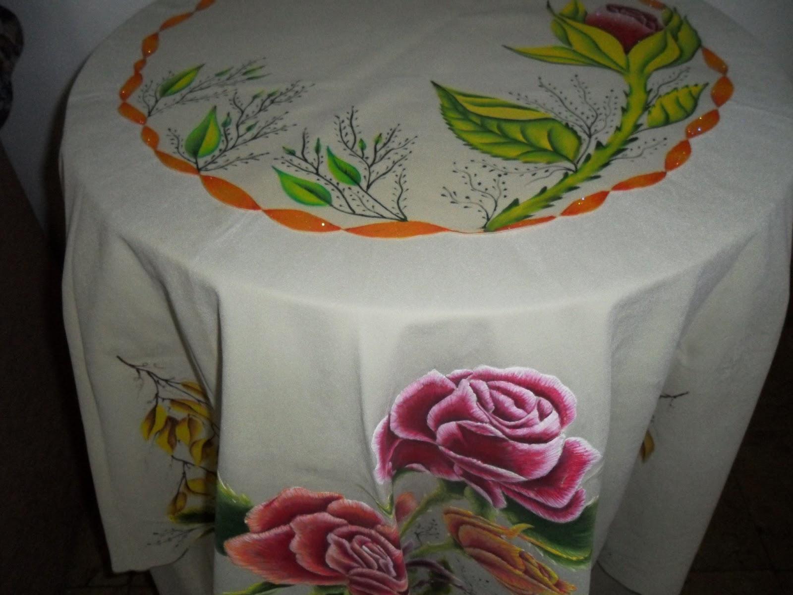 Loren s art manteles para mesa coqueta for Manteles de tela