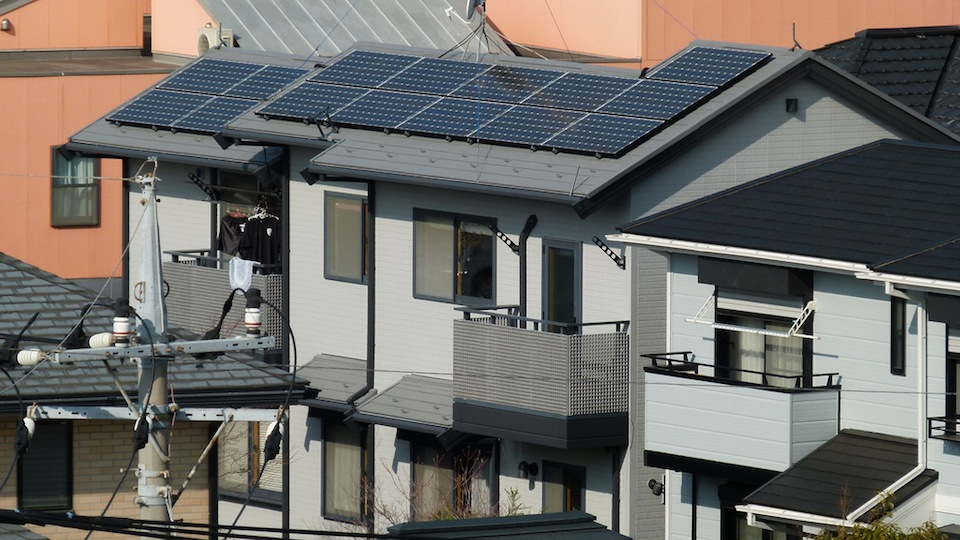 Pr stamo de techos para paneles solares despu s del temblor - Paneles solares para abastecer una casa ...