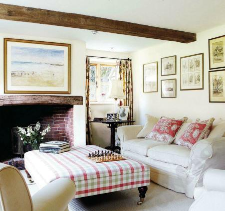 Country style ideas from english country cottage home for Cottage living room design ideas