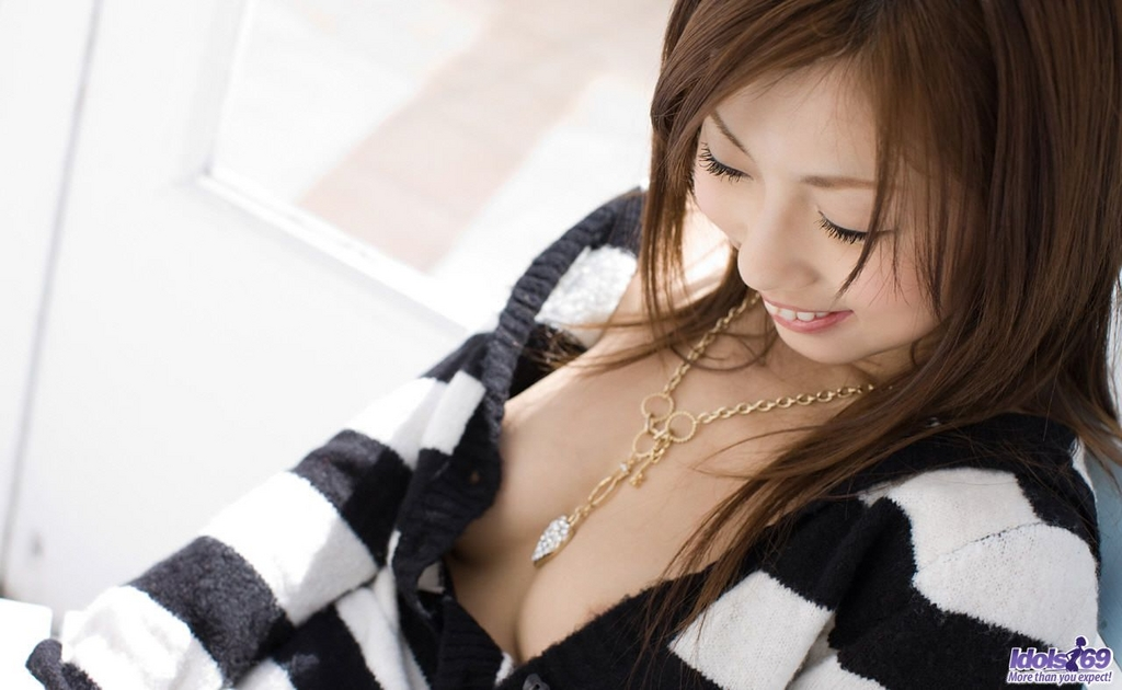 www.CelebTiger.com+Cute+Asian+Teen+Girl+Nude+6 Hairy Japanese Teen Model Risa Chigasaki Poses Nude For Camera Photo Gallery
