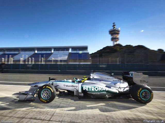 Foto-Mobil-Mercedes-W04-F1-2013_7