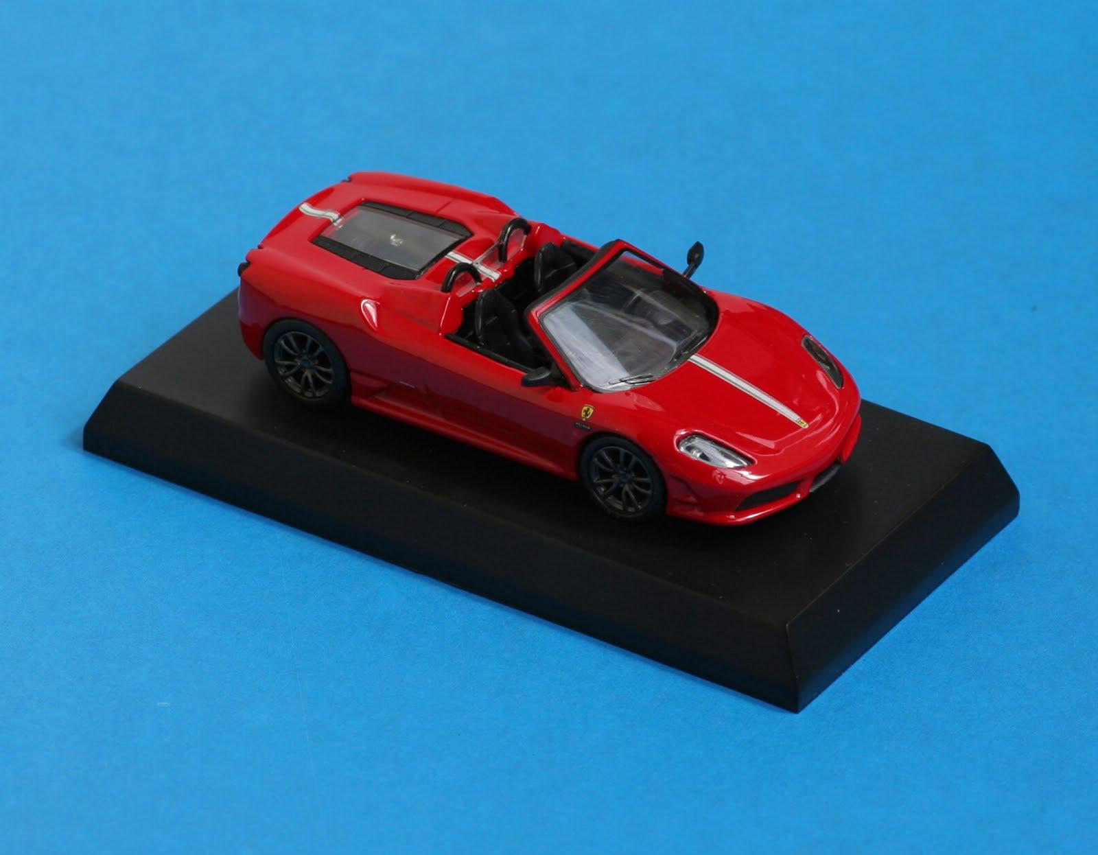 Incredible Mini Garage: Ferrari Scuderia Spider 16M 2008 Kyosho 1/64