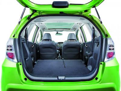 Honda-Jazz-Hybrid-Interior-Concept