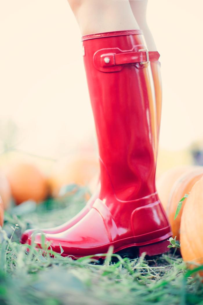 Hunter, Rain, Galosh, Red, Glossy, Boots, Ralph Lauren, Newbury, Double Zip, Shopper, Purse, Bag, Madewell, Plaid, Dress, Shirtdress, Pumpkin Patch, Fall, October, Schnepf Farm, Queen Creek, Arizona, Phoenix, Caitlin Lindquist, A Little Dash of Darling, Fashion, Lifestyle, Blog, Blogger, Outfit Inspiration, Outfit Ideas