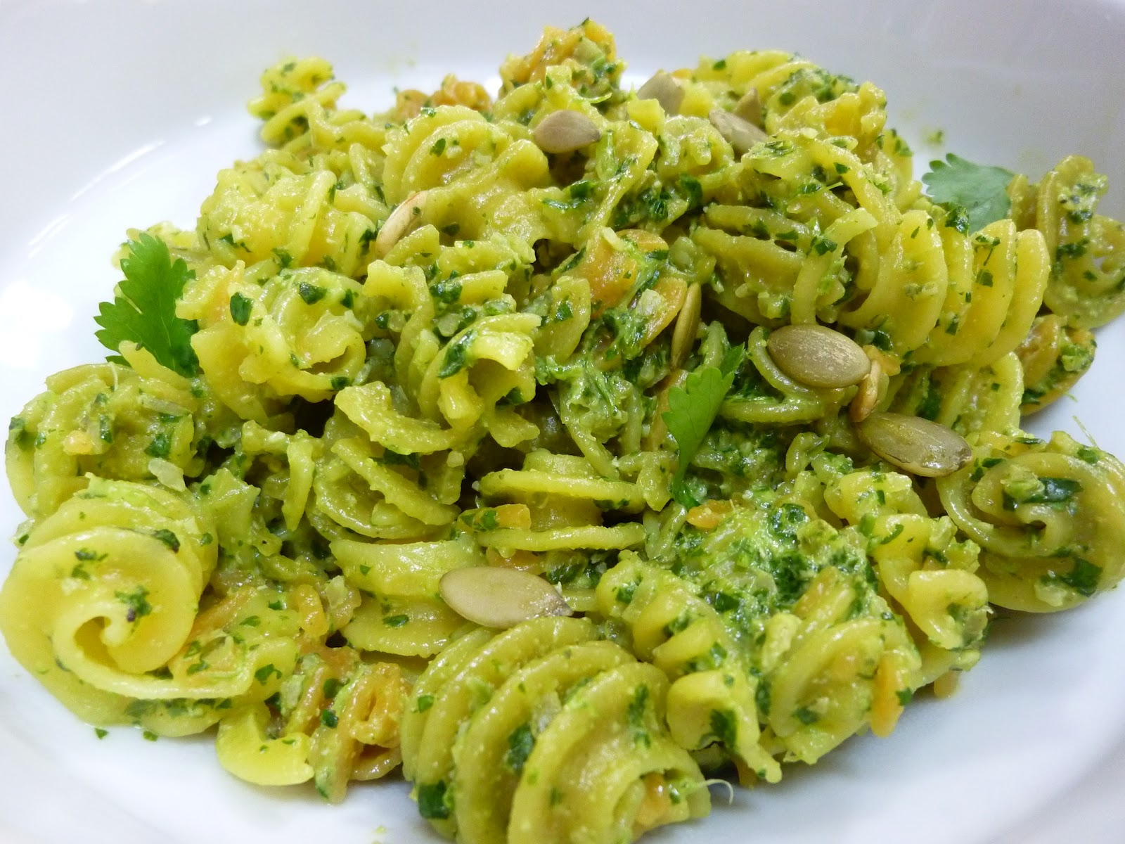 cilantro+pesto+on+pasta.JPG