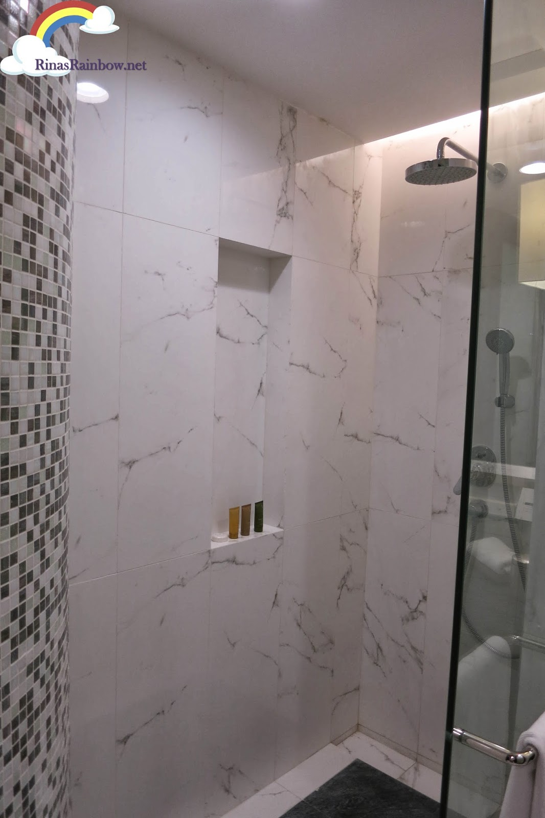 crimson bathroom