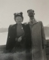 Niagara Falls Honeymoon, 1946