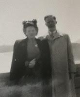 Niagara Falls Honeymoon, 1946