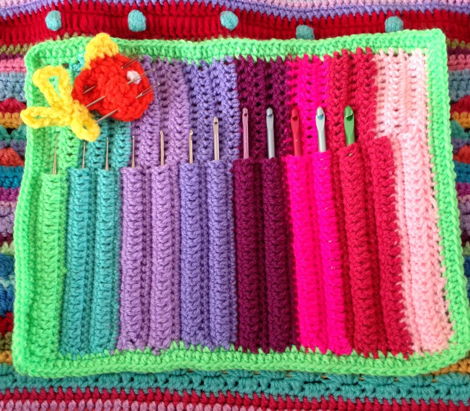Another Vegetarian: Crochet Hook Case