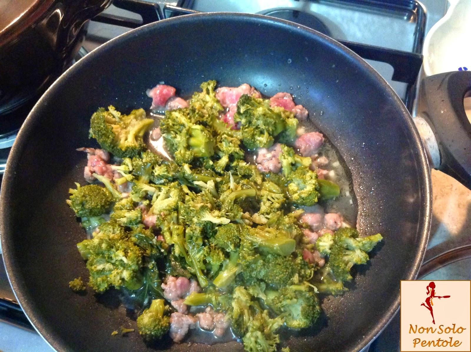 Fusilli con: broccoletti,salsiccia e panna