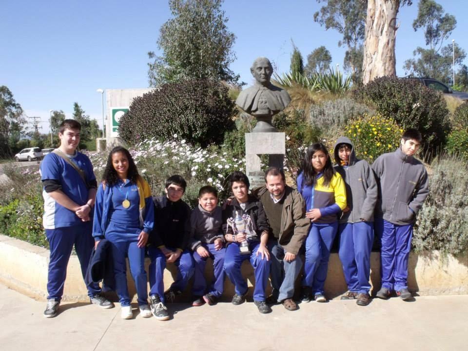 Bibliocra coggzai torneo de ajedrez colegio sscc padres - Lopez iturriaga hermanos ...