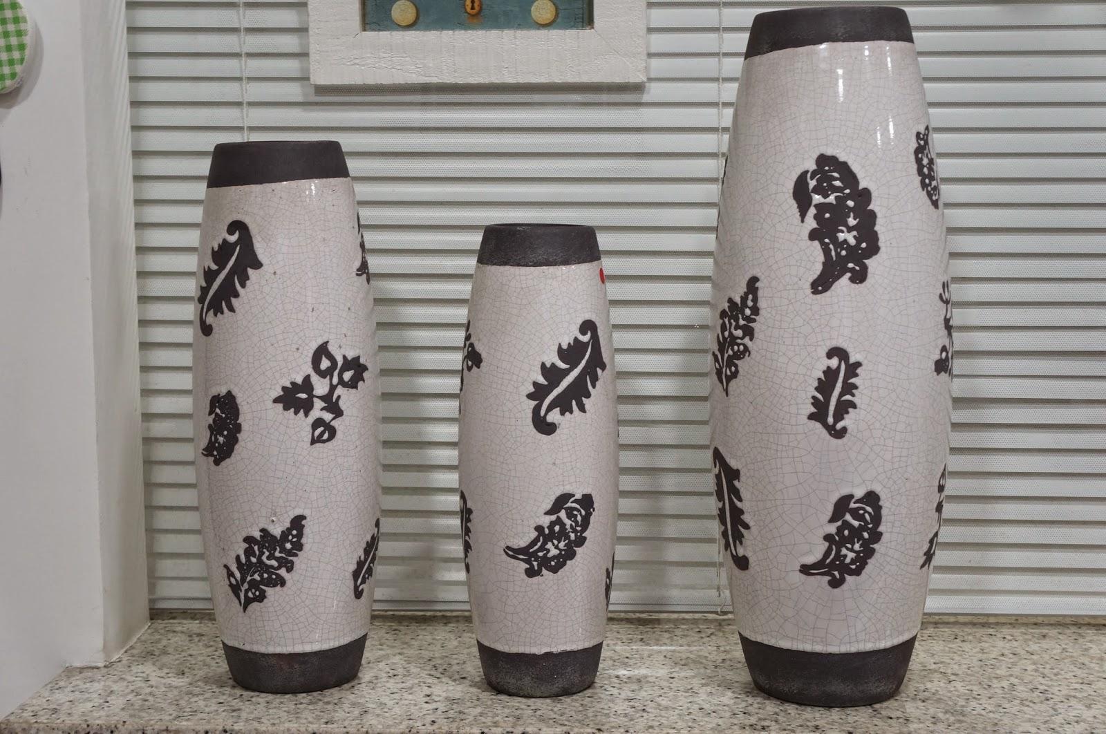 cerâmica Cinza Craquelê - Flor de Malagueta