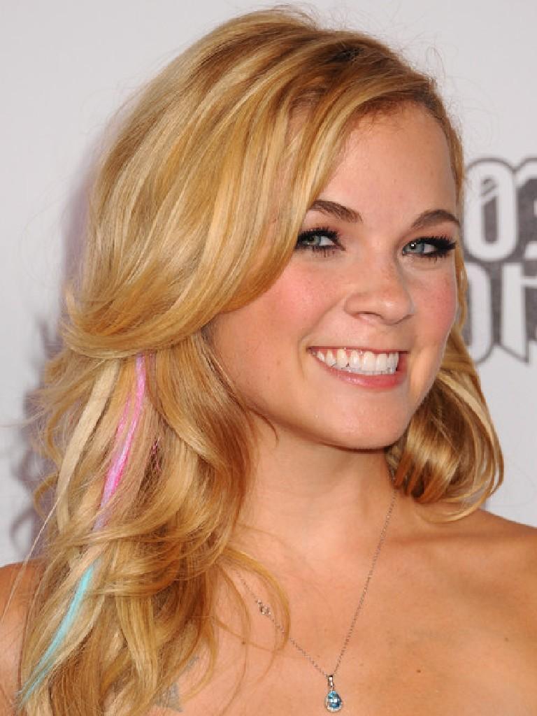 Beautiful Haircuts : Only women secrets: 10+ Beautiful Wavy Hairstyles for Girls