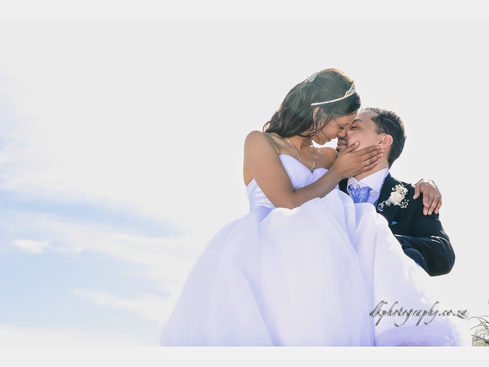 DK Photography BLOGSLIDE1-11 Preview | Rowena & Adrian's Wedding  Cape Town Wedding photographer