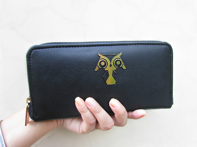 How to choose perfect wallet, Little Black Wallet, money attracting wallet, owl wallet, girls wallet, heap leather wallet, wallet with gold interior, quirky wallet, fashion, indian fashion blog, cheap wallet,designerds,beauty , fashion,beauty and fashion,beauty blog, fashion blog , indian beauty blog,indian fashion blog, beauty and fashion blog, indian beauty and fashion blog, indian bloggers, indian beauty bloggers, indian fashion bloggers,indian bloggers online, top 10 indian bloggers, top indian bloggers,top 10 fashion bloggers, indian bloggers on blogspot,home remedies, how to