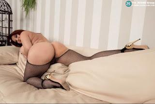 female cherry pie - sexygirl-image_15-742102.jpeg