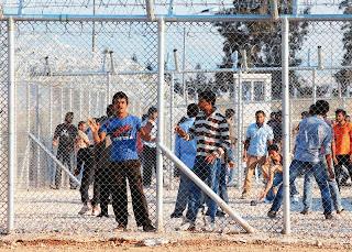 Αναζητούνται στρατόπεδα στη Θράκη για να μετατραπούν σε κέντρα υποδοχής μεταναστών