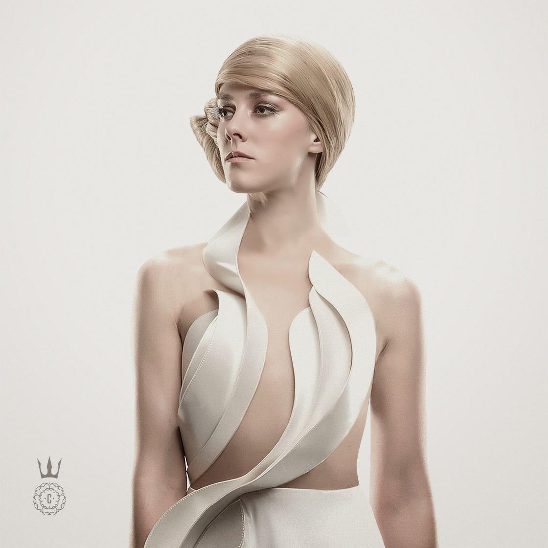 Hijacked Peeta and Johanna in New Capitol Couture ...