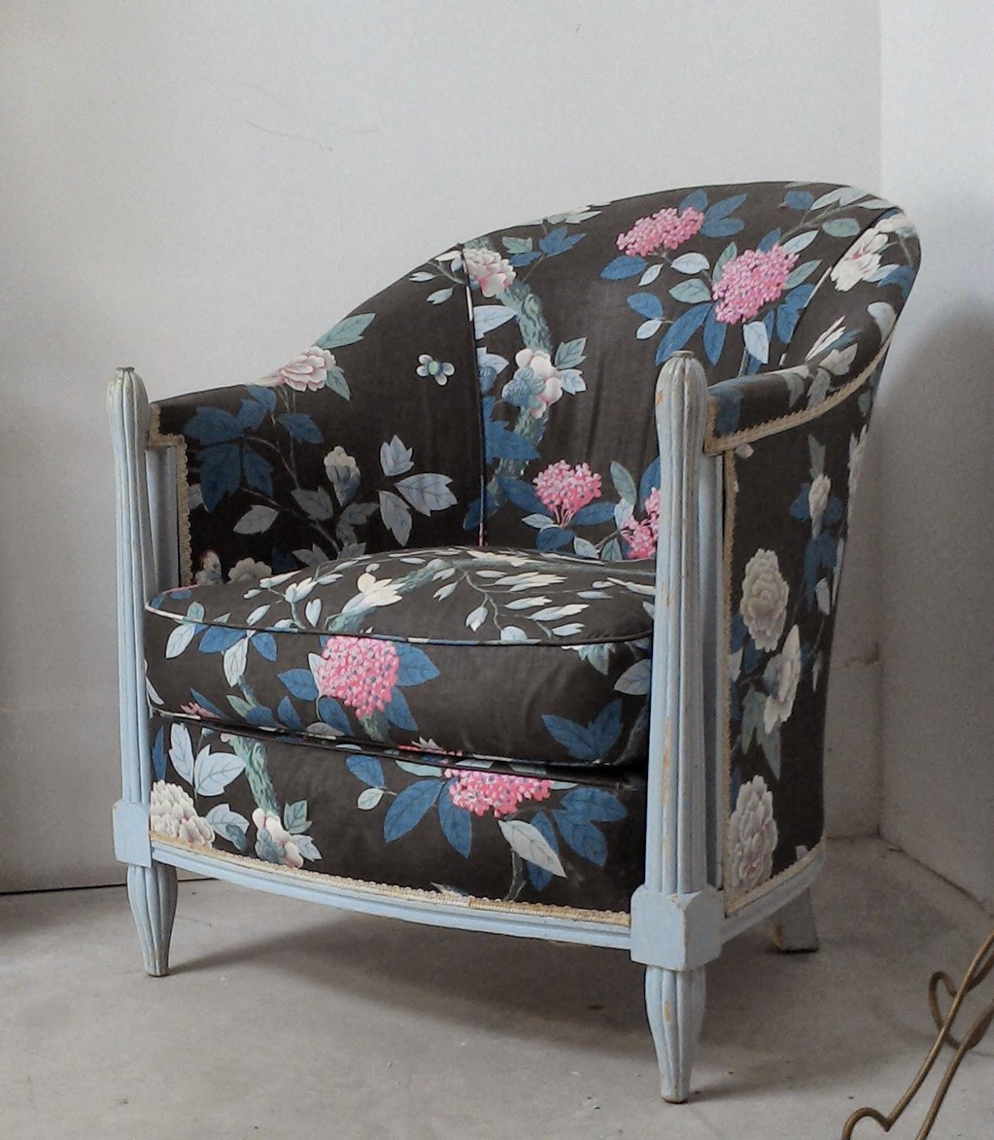 fauteuil ancien cabriolet crapaud bergre chaise tapiss dun superbe tissus a fleur bleu - Fauteuil Ancien Bergere