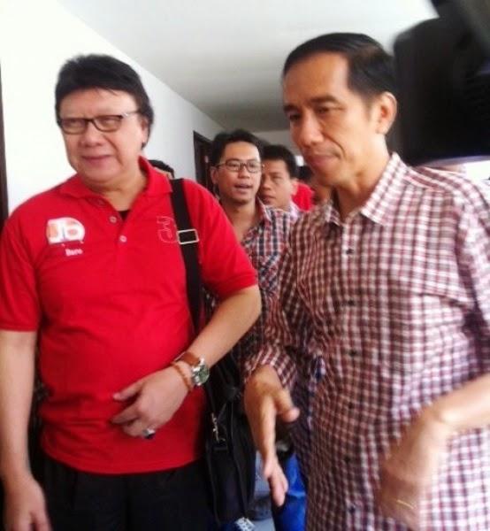 Tjahjo Kumolo dan Jokowidodo
