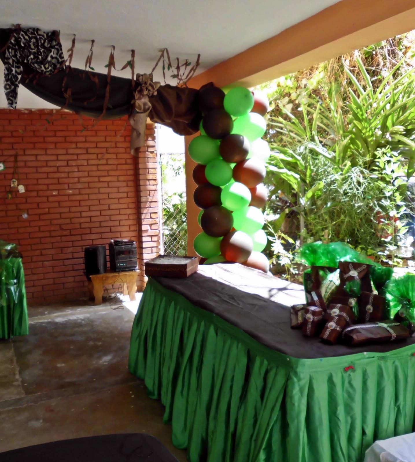 Tortas y Decoraciones: Baby Shower de Safari para Sebas