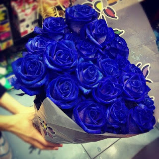blue-hand bouquet