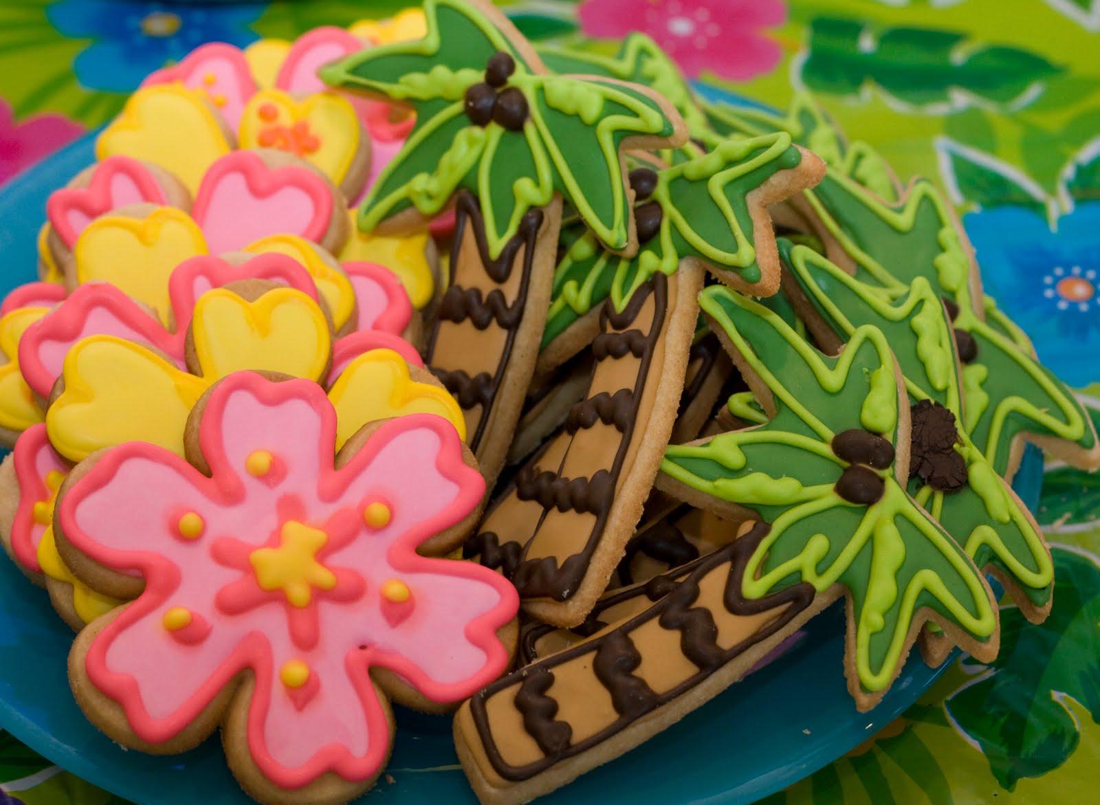 The Crimson Cake Blog Hawaiian Luau Birthday Party By The