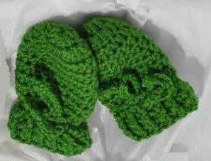 tangled happy: Two Tone Baby Mittens Crochet Pattern {Baby