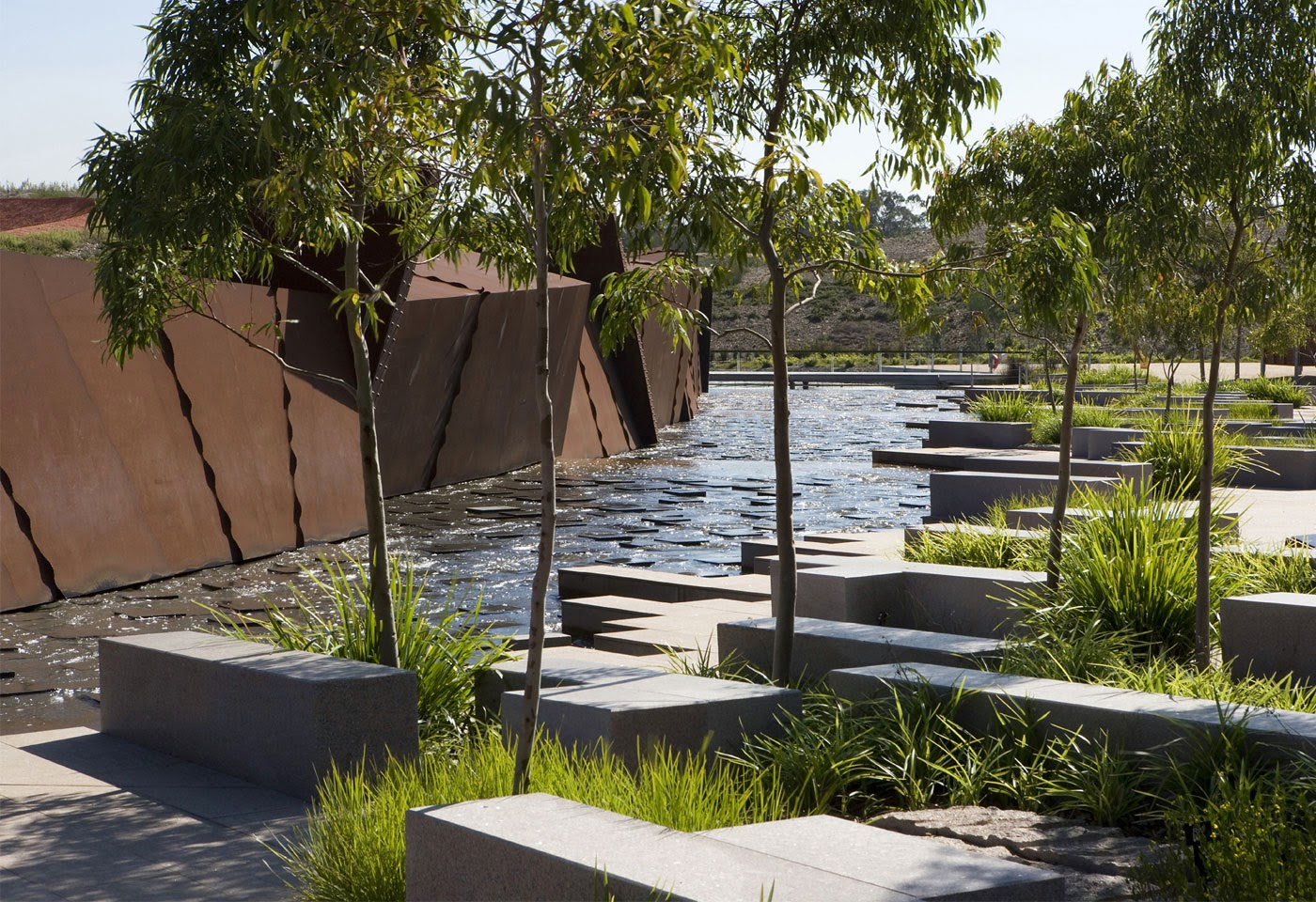 Design australian garden wins landscape of for Garden design australia