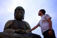 Sébastien Duval meeting the Big Buddha of Kamagaya (Chiba prefecture, Japan) on 14 April 2013.