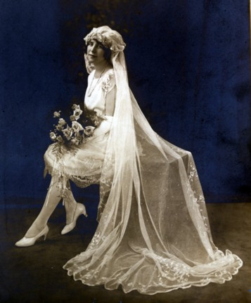 Coco Chanel introduced the short wedding dress in the 1920s