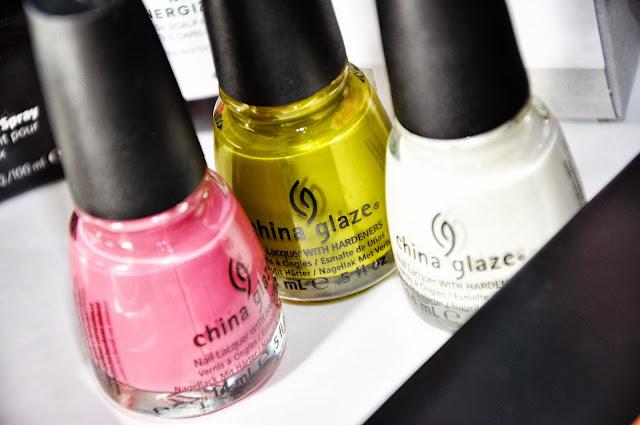 china glaze белый розовый зеленый