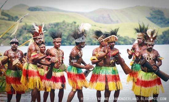 INDONESIAN WONDERLAND: Seni dan Budaya Papua