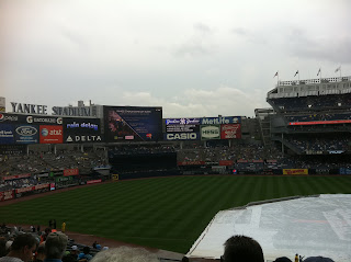 yankees rain delay