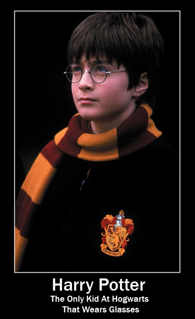 Harry Potter - The Only Kid At Hogwarts That Wears Glasses