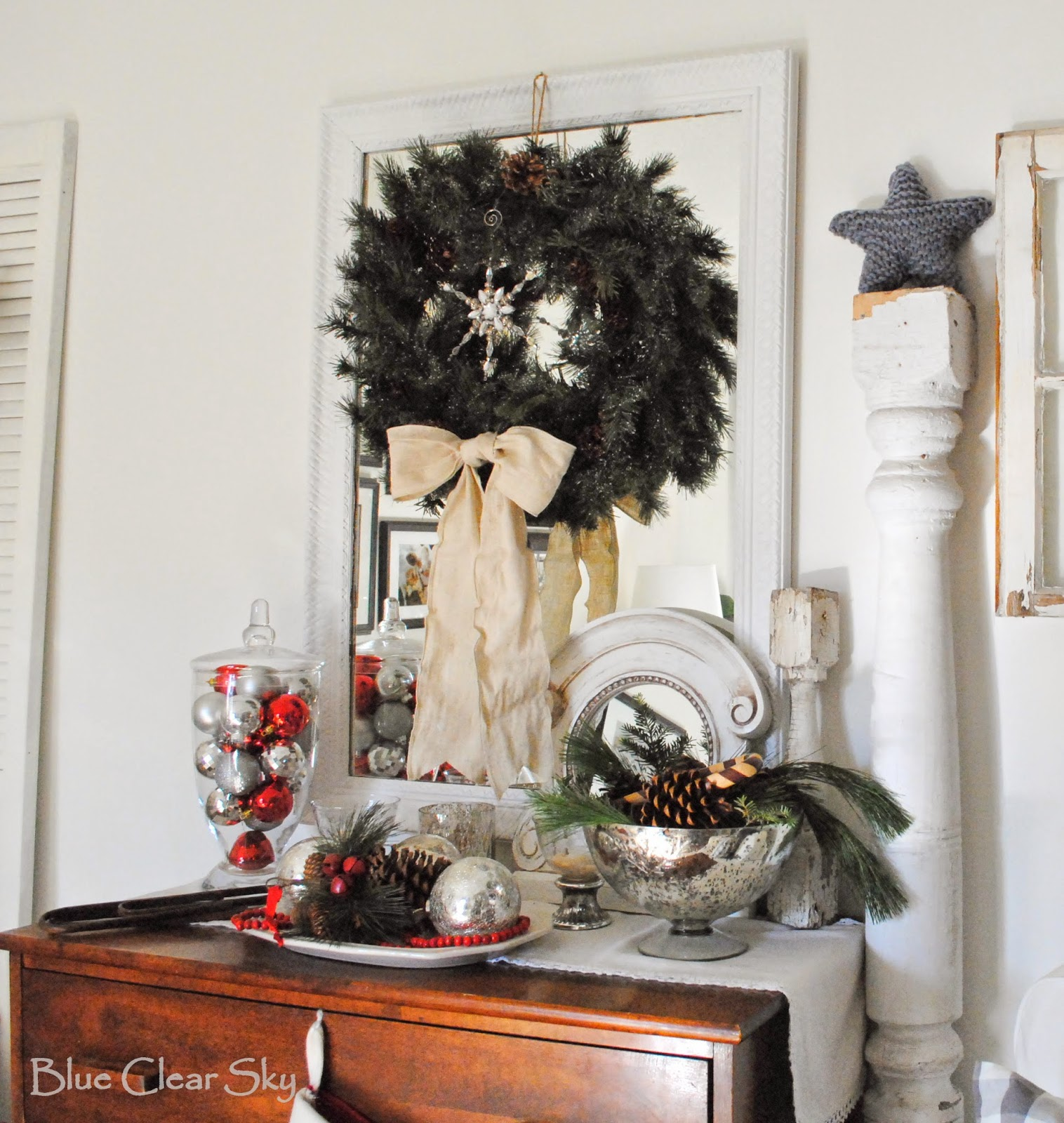 Rustic Maple: Our 2014 Christmas Living Room