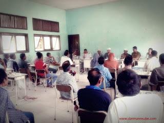 Rapat dengan tokoh masyarakat