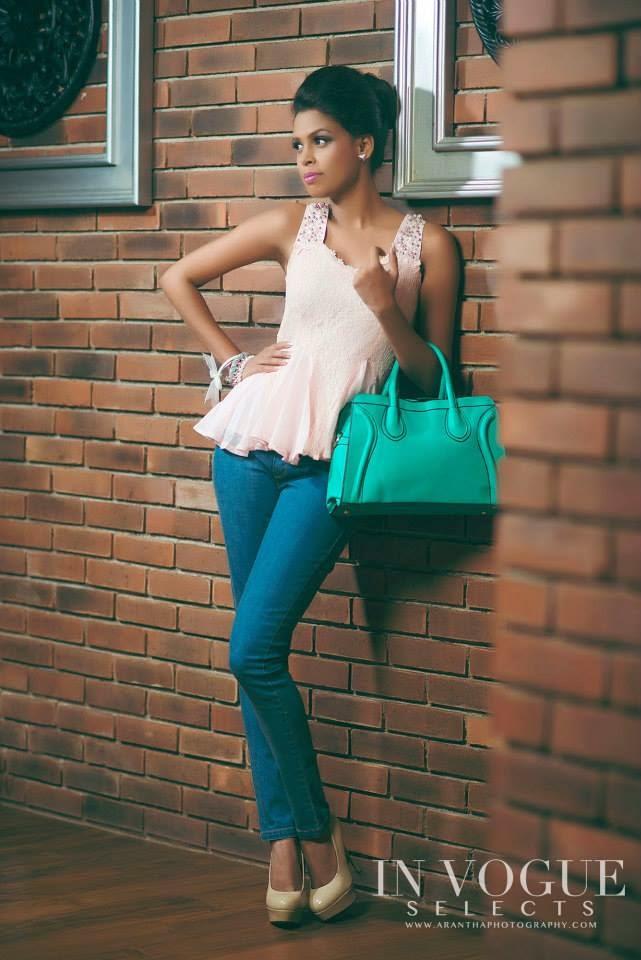 Yanisha Ravi jeans