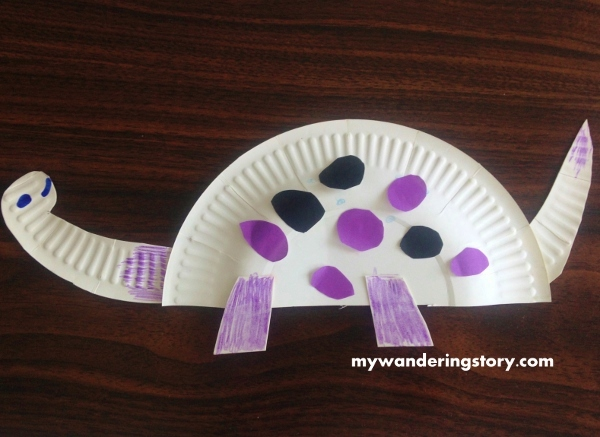 The last dinosaur we made yesterday. & The Wanderer\u0027s Journal: Making Paper Plate Dinosaurs