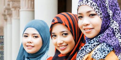 Tips Berjilbab untuk Wanita Sesuai Bentuk Wajah