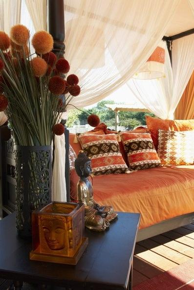 Moroccan-style bedroom, home decorating ideas