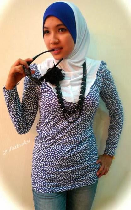 Foto Hot Miss Dinda jilbab ketat dan seksi jilbab+baju+ketat+body+semok02