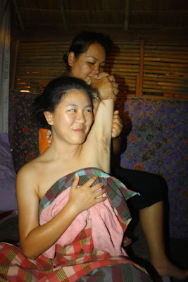 Armpit massage