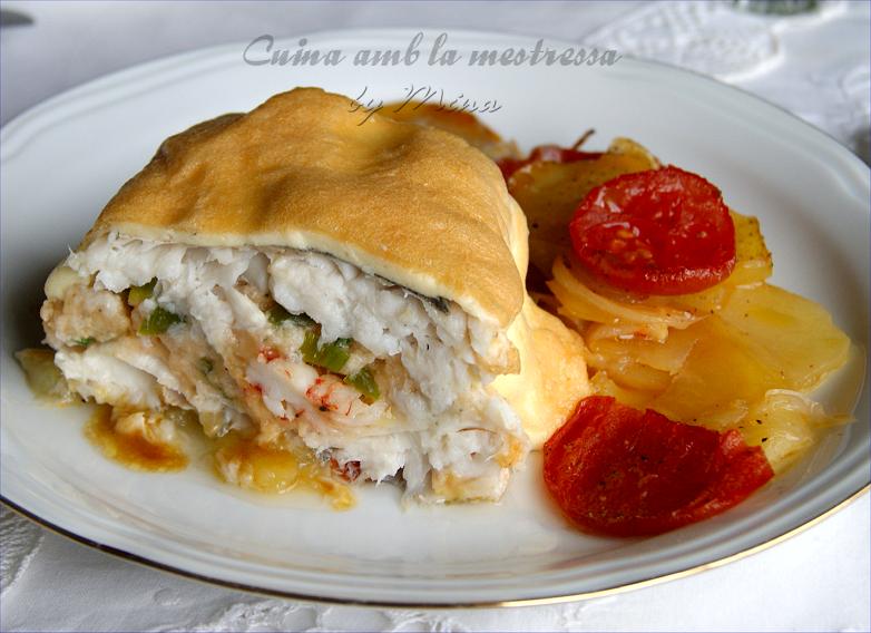 Merluza rellena a mi estilo con patatas al horno - Merluza rellena de marisco al horno ...