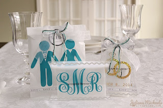 SRM Stickers Blog - Wedding Favors by Juliana - #clear purse #glassine bags #love #party #favors #pillow box #stickers #twine #vinyl #wedding